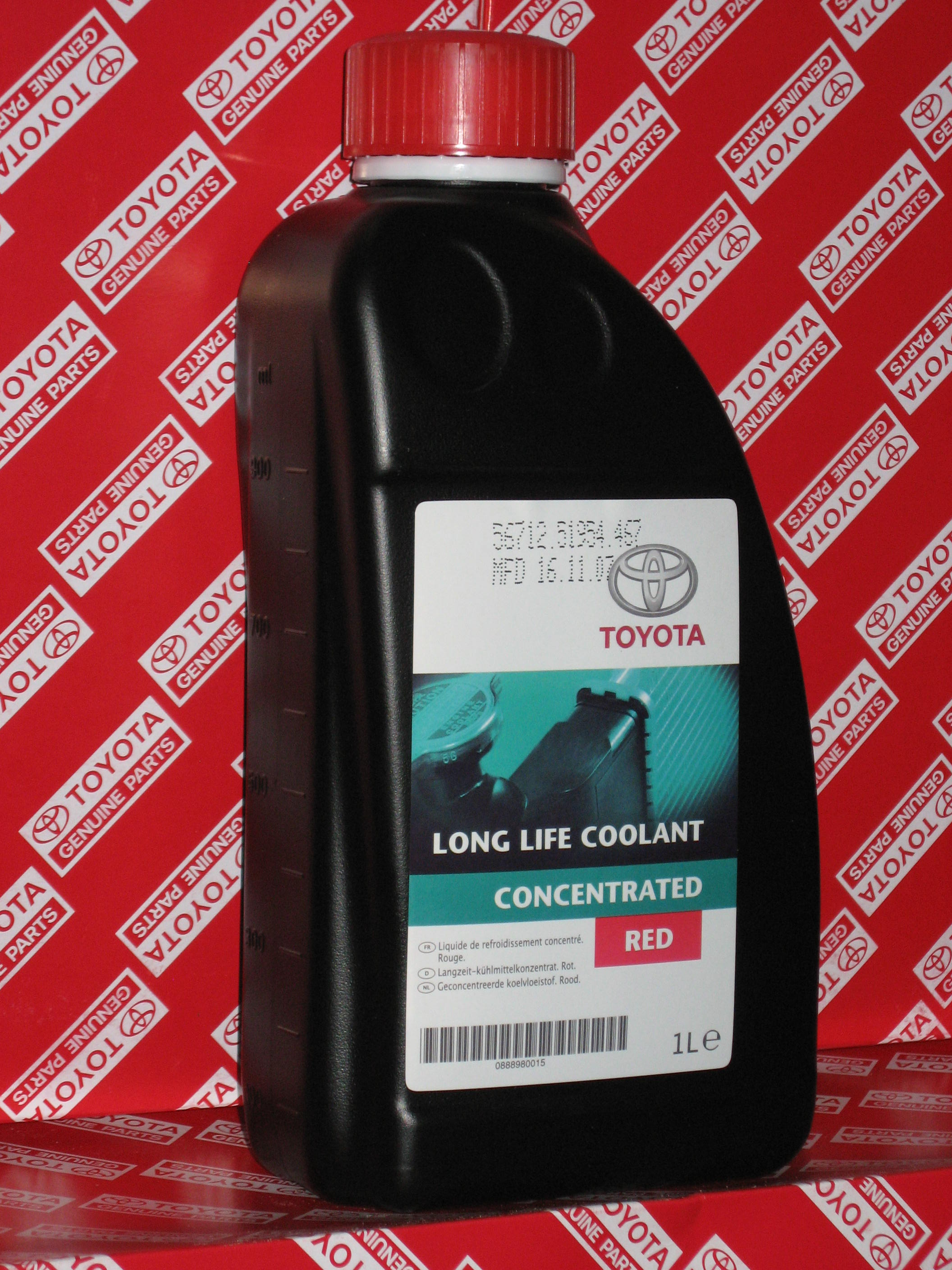 Long Life Coolant ConcentrateD Red 0888980015 TOYOTA/LEXUS – фото